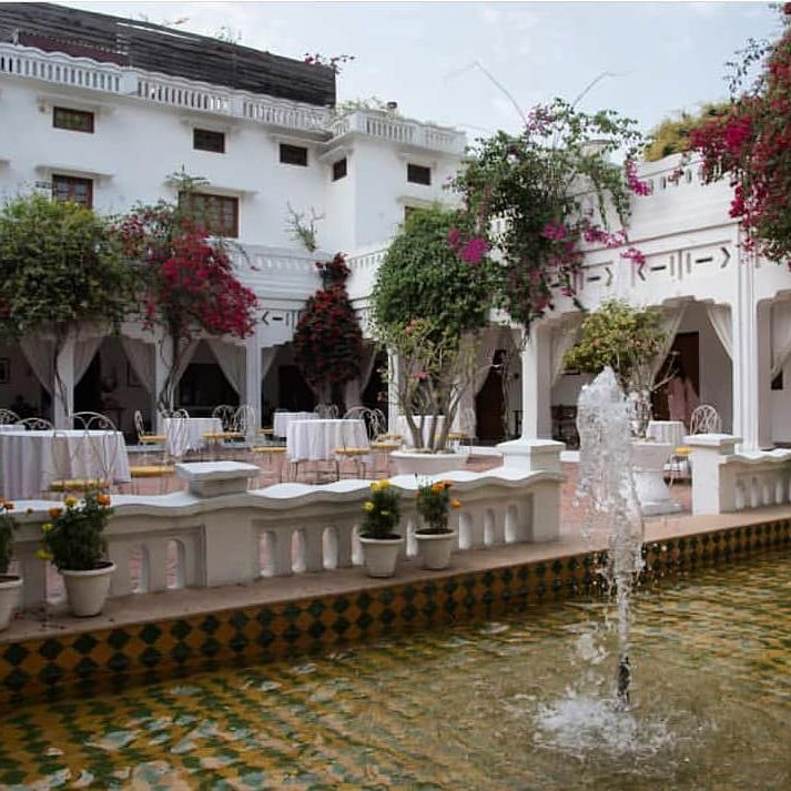 Lebua's courtyard with a water fountain